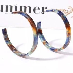 Jewelry - NEW Tortoise Earrings